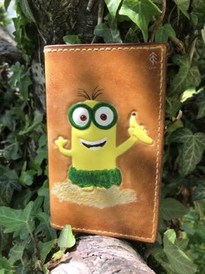 porte-cartes minion cuir