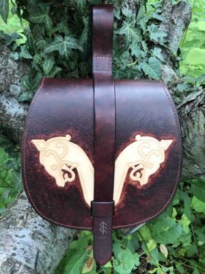 sacoche double dragon cuir